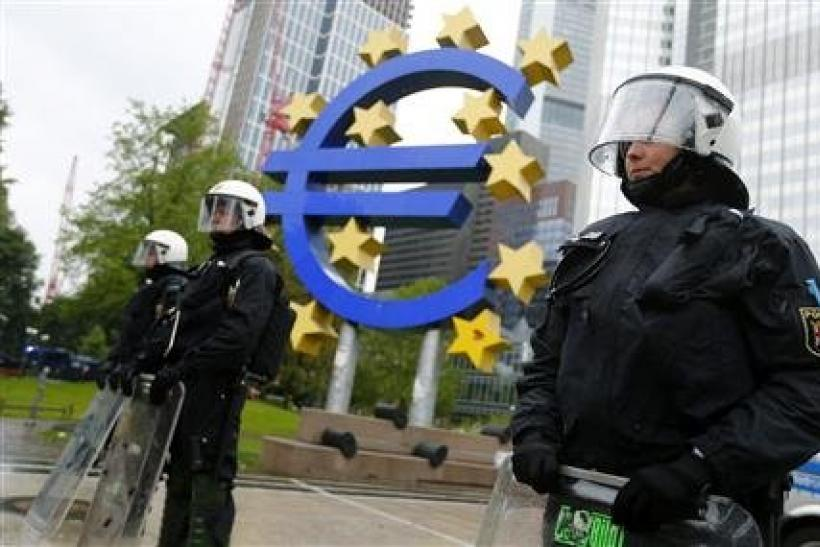 Anti-riot police in front of ECB headquarters in Frankfurt
