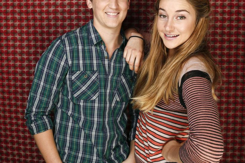 who is shailene woodley dating now Shailene woodley no longer is a blonde and she just debuted a jet shailene met up with her co-star lili reinhart finally confirms she's dating cole.
