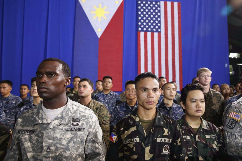 Military troops in Manila