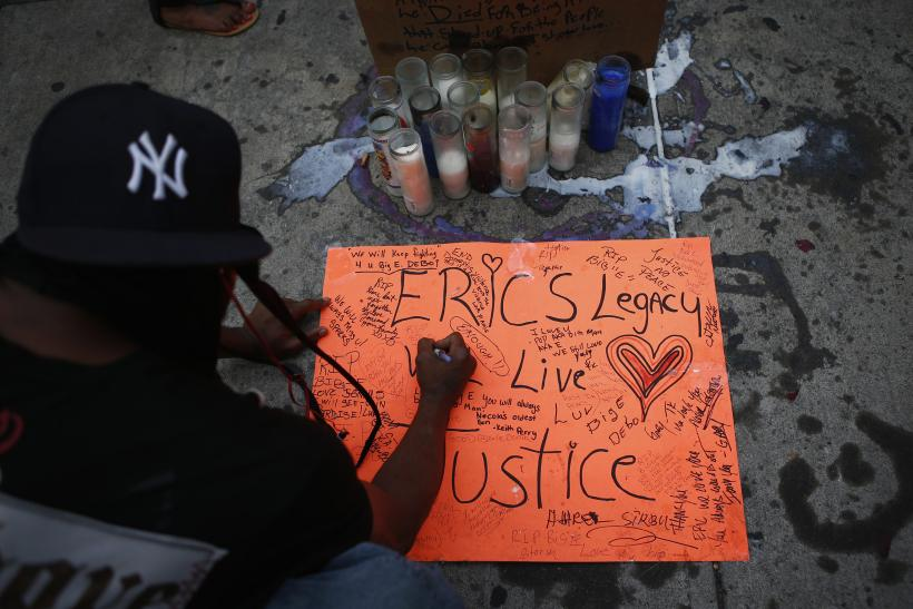 Eric Garner Death By NYPD Chokehold