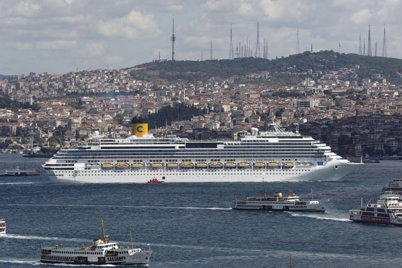 cruise liner istanbul