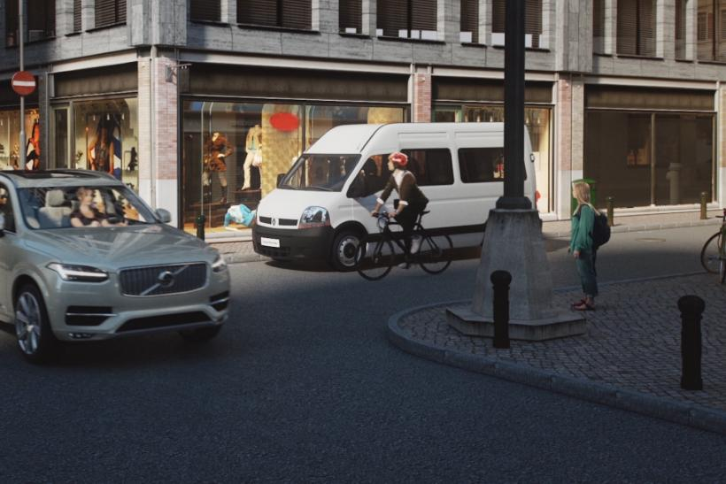 155808_World_first_technology_by_Volvo_and_POC_connects_cycle_helmets_with_cars