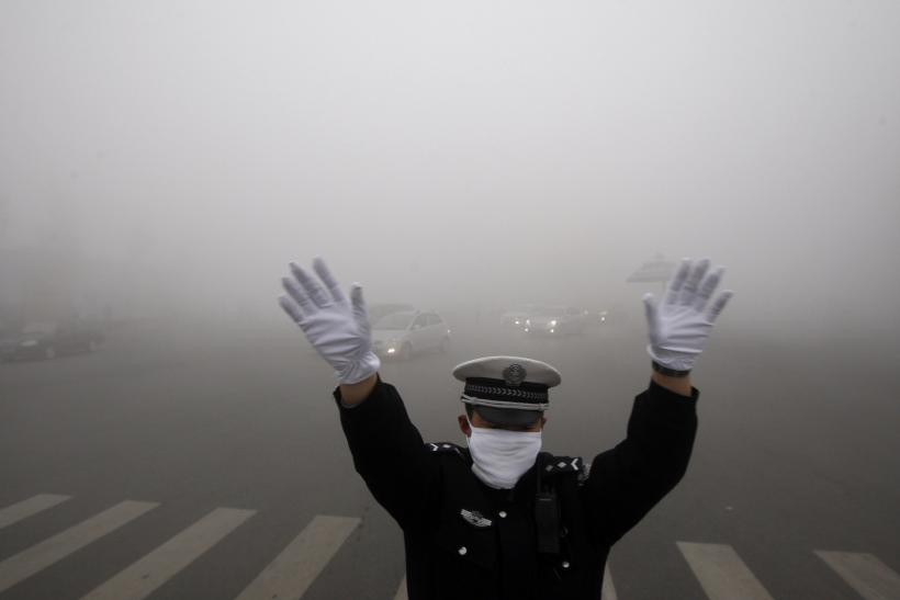 China pollution film disappears from video sites