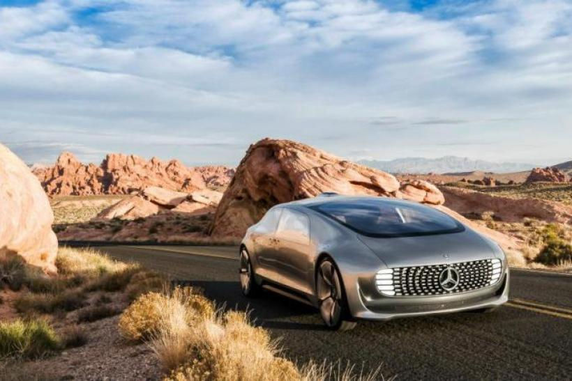 mercedes-benz-self-driving-car-ces-2015-f-015