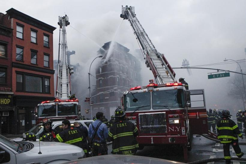 NY firefighters battle East Village fire