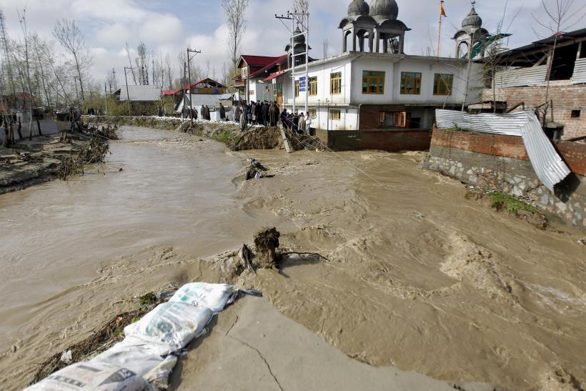 Jammu and Kashmir river overflow