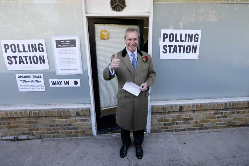Farage votes