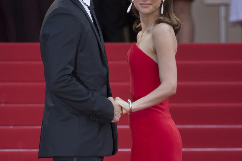 "[11:27] Actress Natalie Portman and her husband choreographer Benjamin Millepied pose on the red carpet as they arrive for the opening ceremony and the screening of the film ""La tete haute"" out of competition during the 68th Cannes Film Festival"