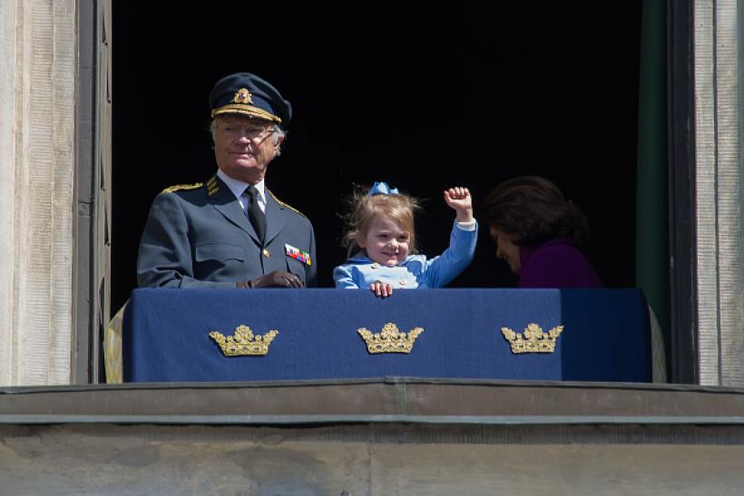 471657060-king-carl-gustaf-xvi-and-princess-estelle-gettyimages