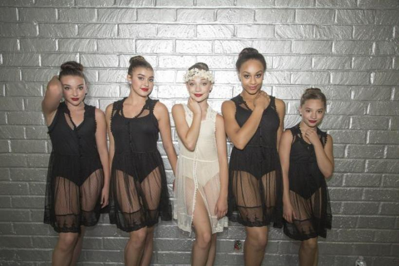 dance-moms kendall and maddie dancers