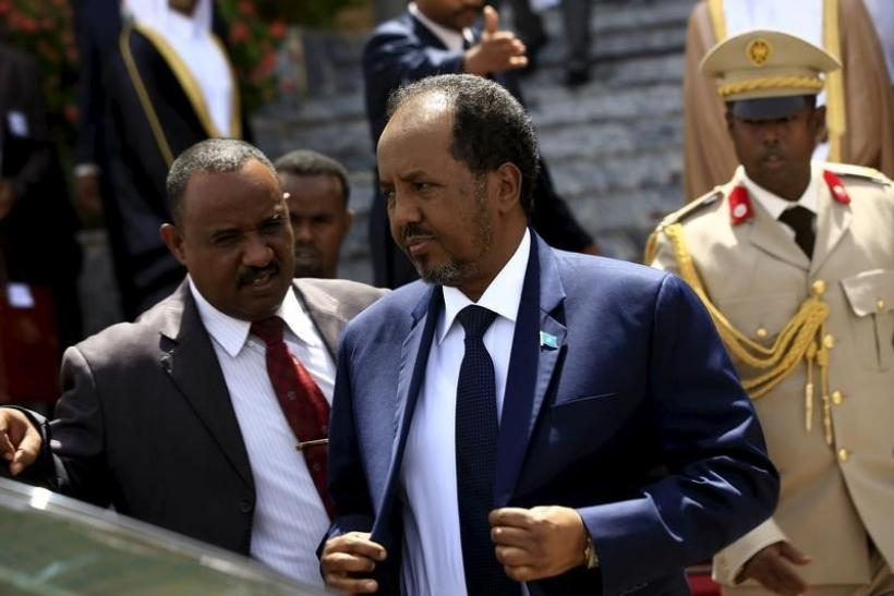 Somali lawmakers move to oust president