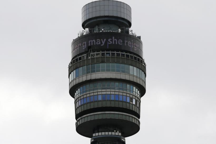 [13:01] The British Telecom tower displays 'Long may she reign' to celebrate Queen Elizabeth becoming the longest-reigning British monarch