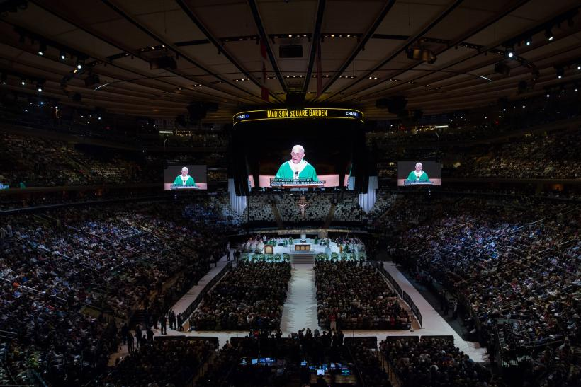 pope nyc visit madison square garden mass shows francis
