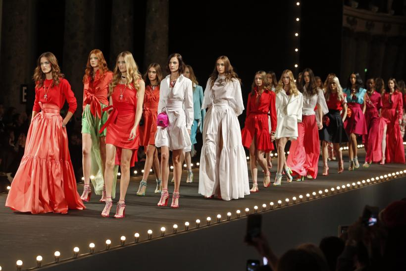[10:10] Models present creations by French designer Alexis Mabille