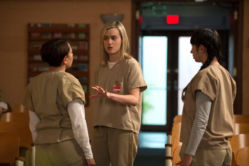 Orange Is The New Black' Cast Share 'Twas The Night Before ...