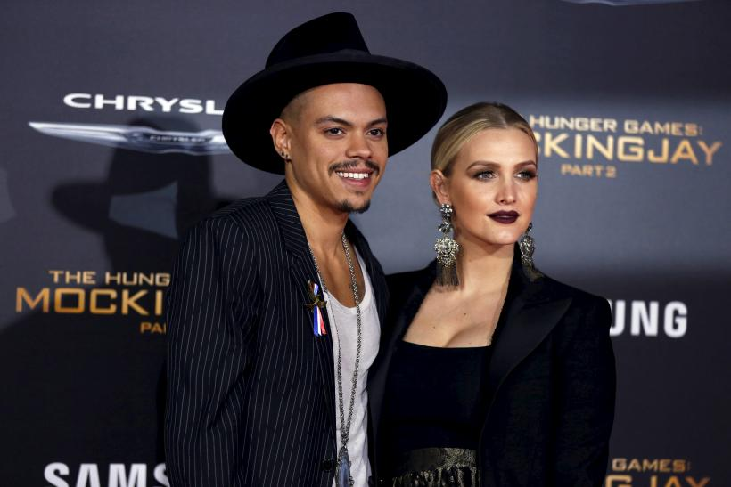 Evan Ross and his wife Ashlee Simpson