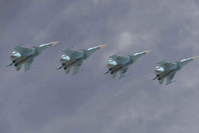 Su-34s in formation over Moscow.