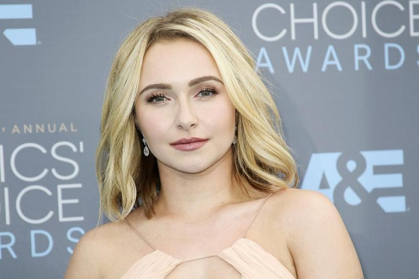 Hayden Panettiere had the best time swimming in the Dead Sea. Pictured ... Hayden Panettiere