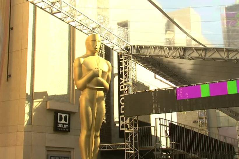 Oscar Outside Dolby Theatre