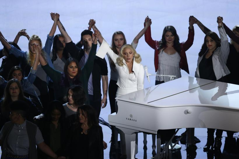 Lady Gaga sings her Oscar-nominated song