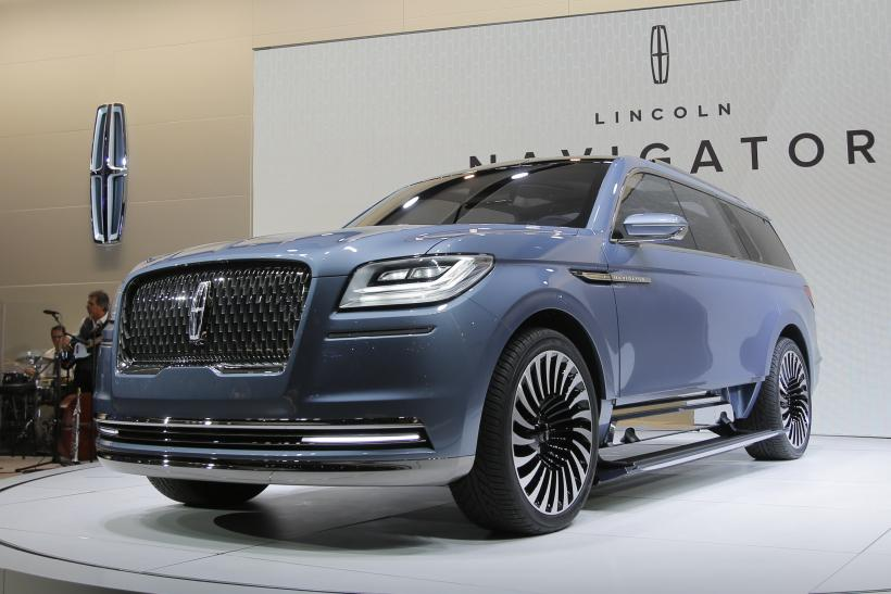 luxury suvs are big at ny auto show video. Black Bedroom Furniture Sets. Home Design Ideas