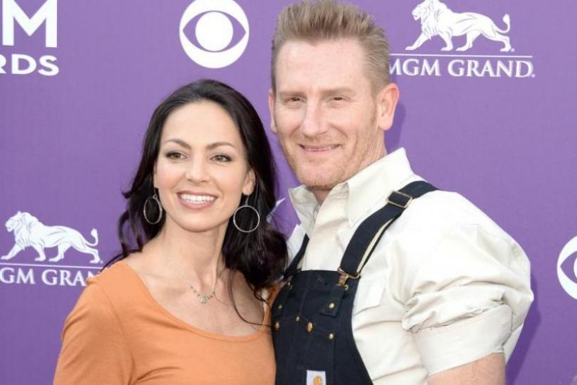 Rory & Indiana Feek Celebrate First Easter Since Joey's Tragic Death - Sweet Pic