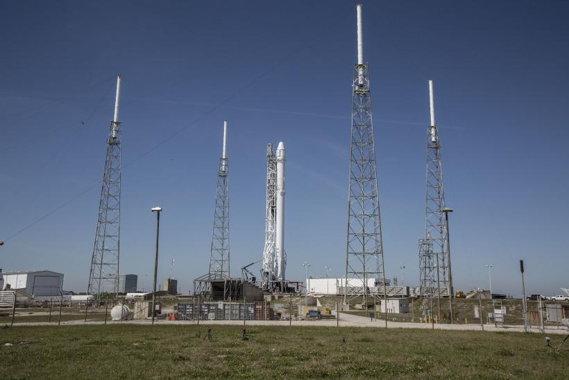 SpaceX Launch Live Stream: Watch The Dragon Spacecraft ...