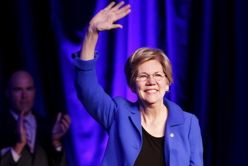 Clinton to test populist economic message with Warren in Ohio