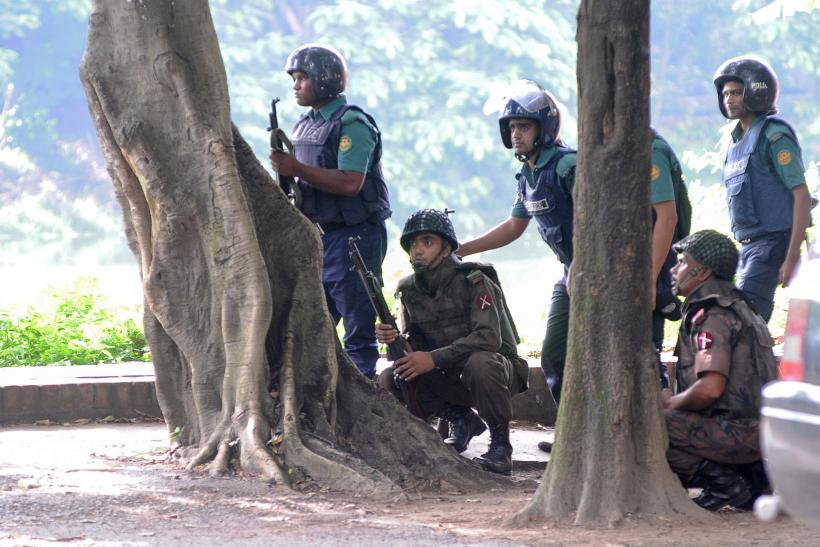2016-07-02T105411Z_635748891_S1AETNGCEDAA_RTRMADP_3_BANGLADESH-ATTACK