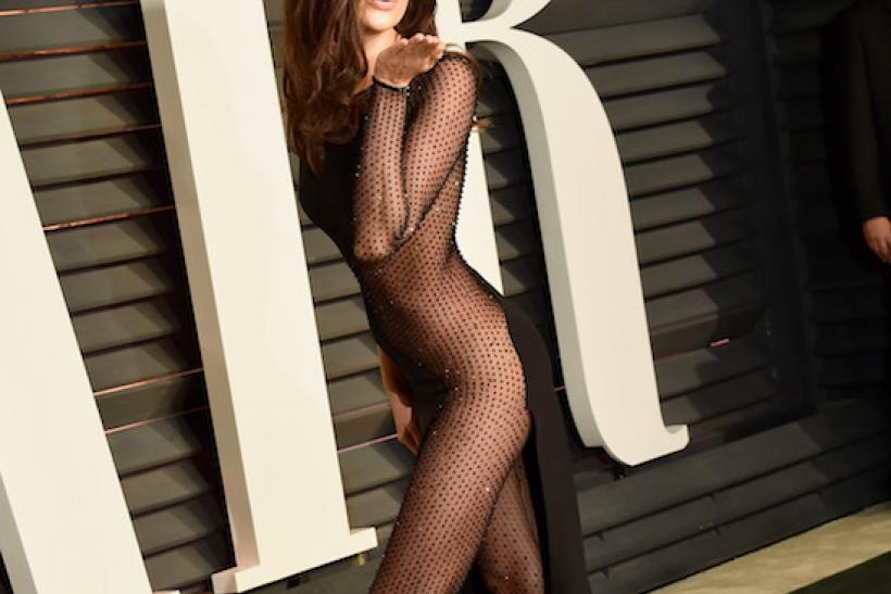 Irina Shayk Attends the 2015 Vanity Fair Oscar Party 2015