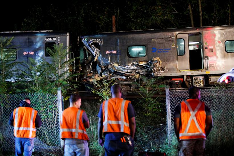 LIRR train derail