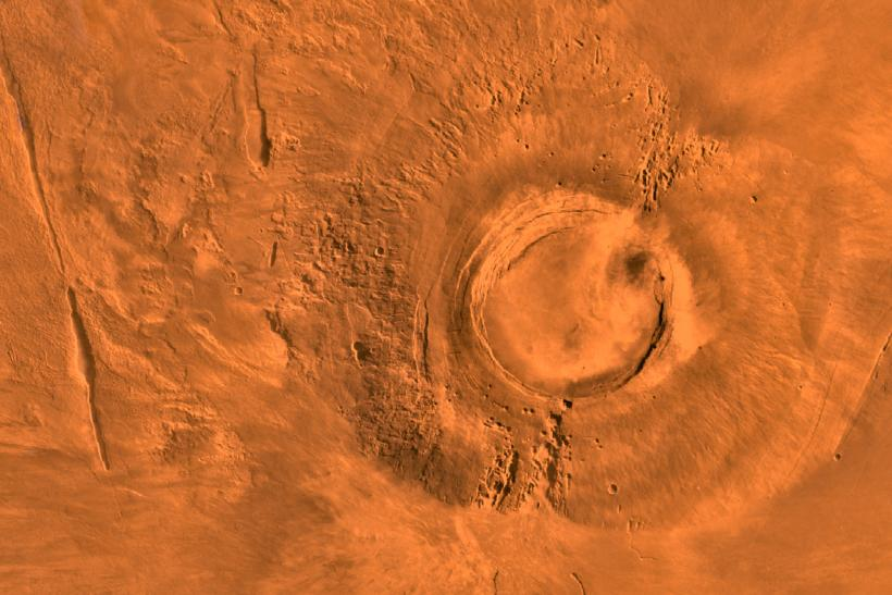 Mars volcano died the same time as dinosaurs