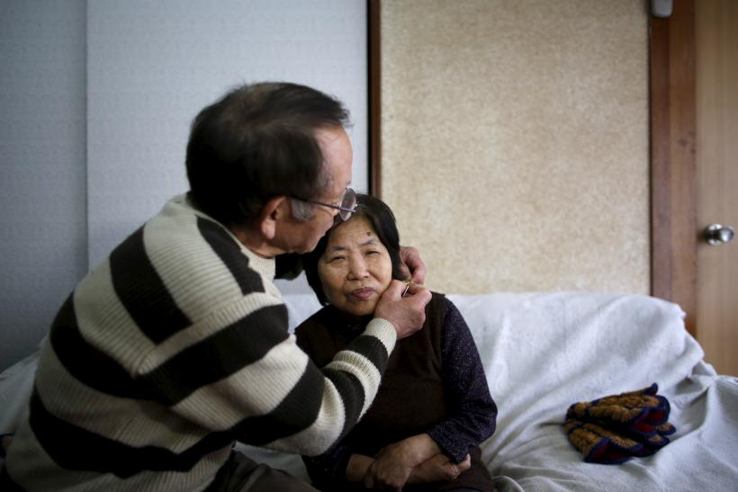 Old couple, dementia