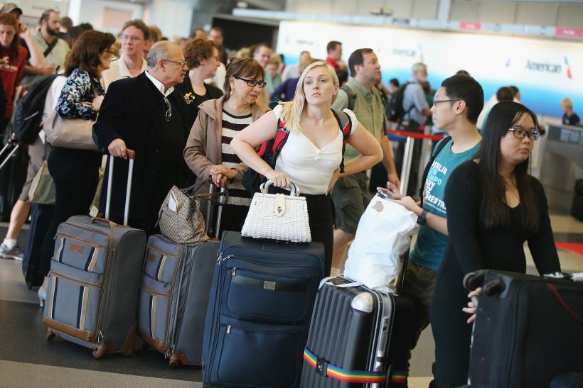 Chicago's O'Hare Airport Snarled In Ground Stops After Fire At FAA Building