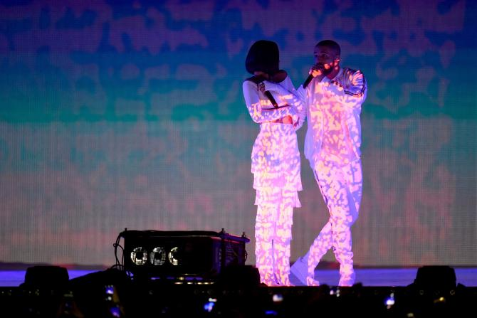 """is rihanna dating drake 2016 Rihanna drake dating rihanna, pictured at the black girls rock 2016 show in newark, new jersey, april 1, 2016, is said to be """"secretly."""