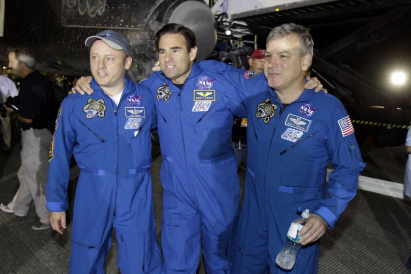 space shuttle endeavour crew members - photo #8