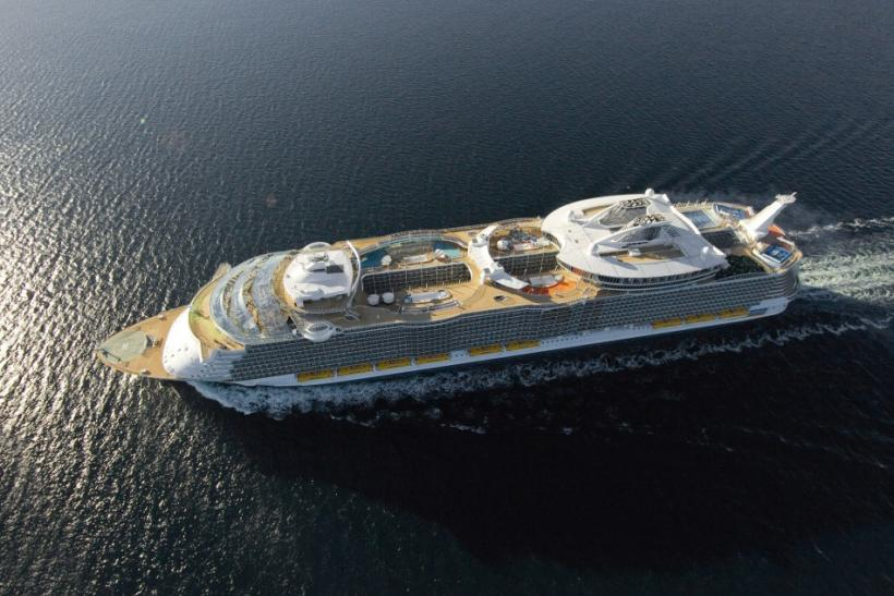 The World's Largest Cruise Ships: A look Inside [PHOTOS]