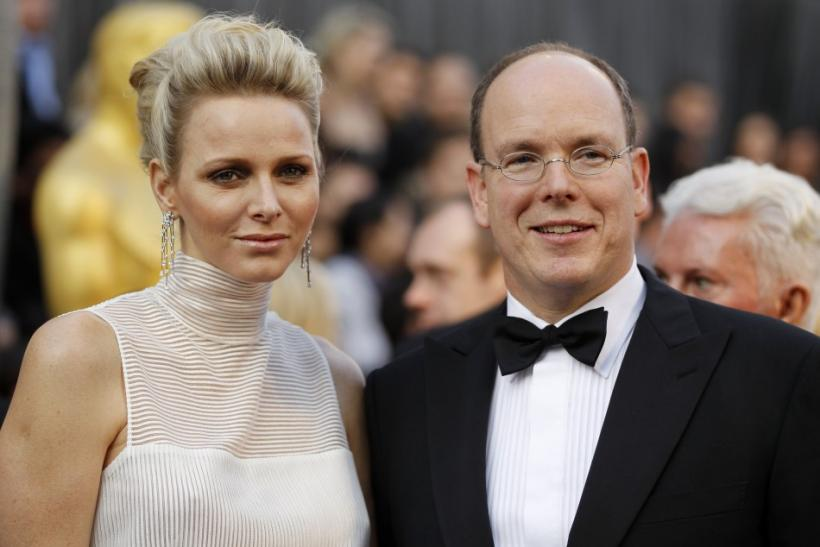 Princess Charlene Joins the 'Retro' Fever at Oscars 2012, Dons White on Red Carpet