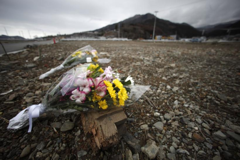 http://s1.ibtimes.com/sites/www.ibtimes.com/files/styles/picture_this/public/2012/03/11/246799-japan-tsunami-and-earthquake-anniversary.jpg