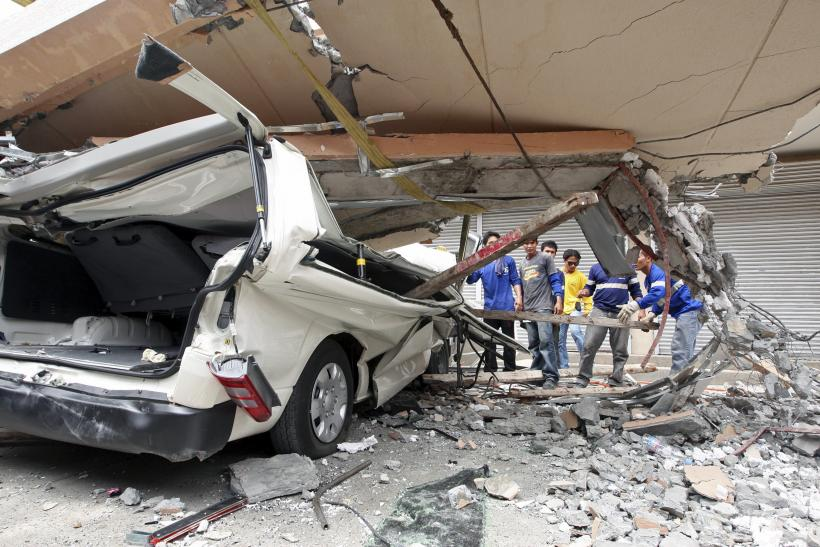 Philippines earthquake collapse