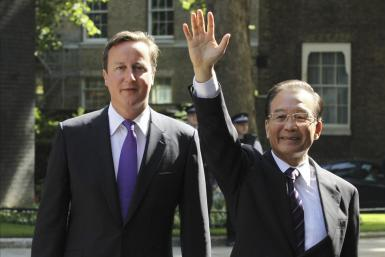 Chinese Premier Wen Jiabao with Britain Prime Minister David Cameron