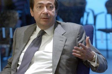 John Paulson, founder of New York-based hedge fund Paulson & Co., speaks at the Reuters Hedge Funds..