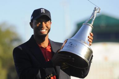Tiger Woods wins Arnold Palmer Invitational on Sunday, March 25, 2012.