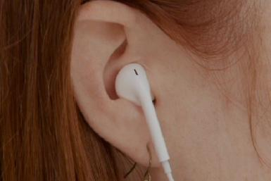 Apple EarPods: 3 Major Benefits Of The New Earbuds Redesign, As Explained By Lead Designer Jony Ive [VIDEO]
