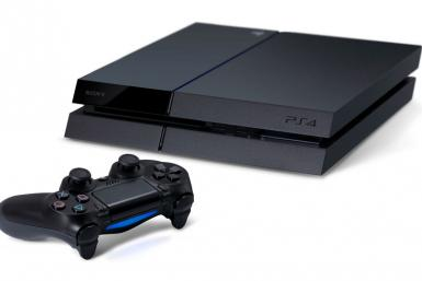 Sony PS4 vs Xbox One PlayStation 4 versus Microsoft