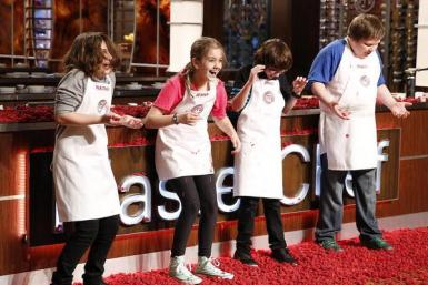 Celebrity Charity: Stars Cook for a Cause on the All-New ...