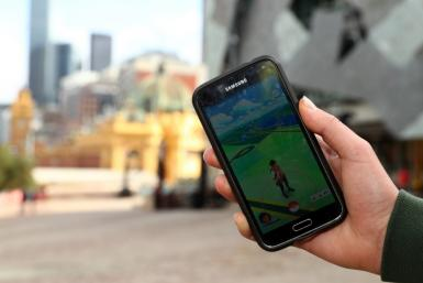 pokemon go cheat on iphone - Gameonlineflash.com