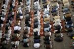 Praying in Sanaa