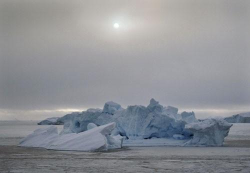 Report: Polar ice to melt sooner due to warming sea waters