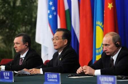 China's Wen looks to Russia for energy, markets